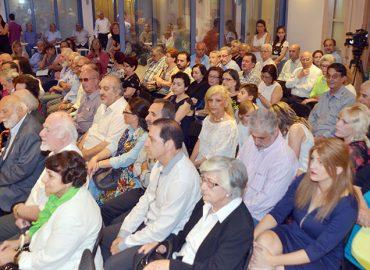 Ο δρ Βάσος Λυσσαρίδης γιόρτασε τα 96α γενέθλια του στο ίδρυμα Λυσσαρίδη παρέα με οικογένεια και φίλους. Την όλη εκδήλωση οργάνωσε η Νεολαία ΕΔΕΚ